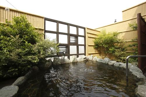 [東京,銭湯]3階の露天の岩風呂の開放感 @西品川 宮城湯 [Route10]