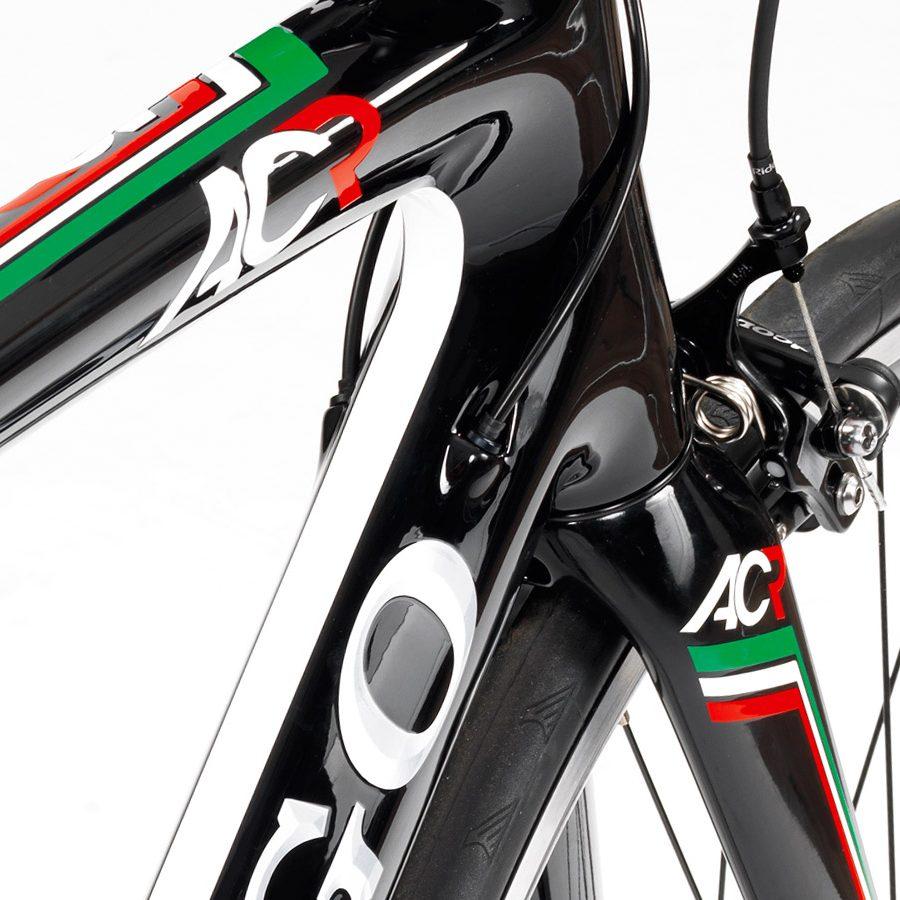 Colnago AC-R 105 カーボンロードバイク (2016)が40%OFFか