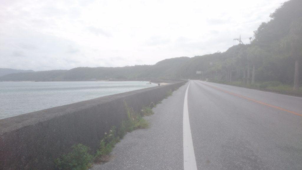 58号線を北上 海沿いの向かい風が厳しい