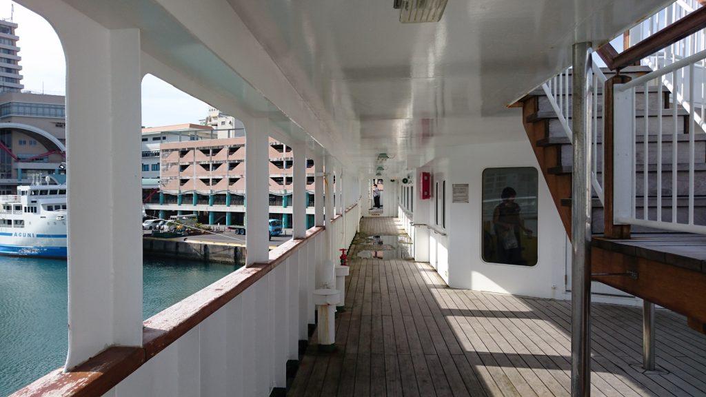 甲板の通路