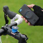 100%落下しない!? 自転車用の携帯電話ホルダーの最高峰「QUAD LOCK」