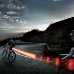 自転車通勤におすすめテールライト!ブレーキ時2.5秒自動点灯で安全度UP!