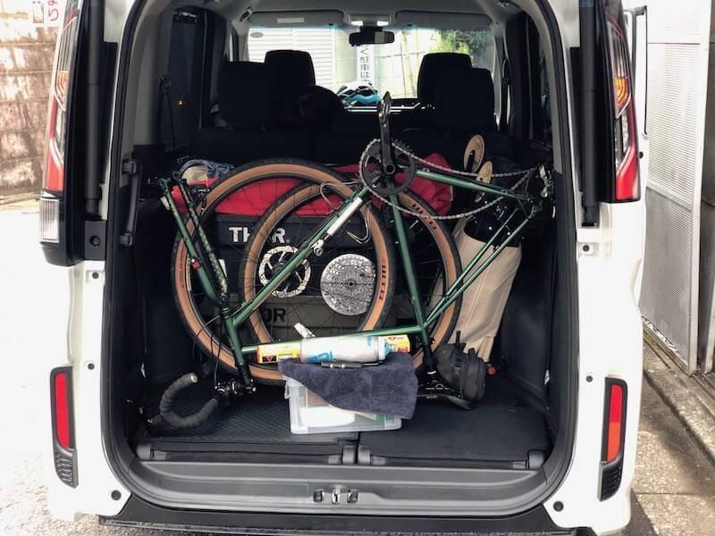 自転車2台積んで、大人4人でも乗れる!自転車旅におすすめの車は、これだ!?